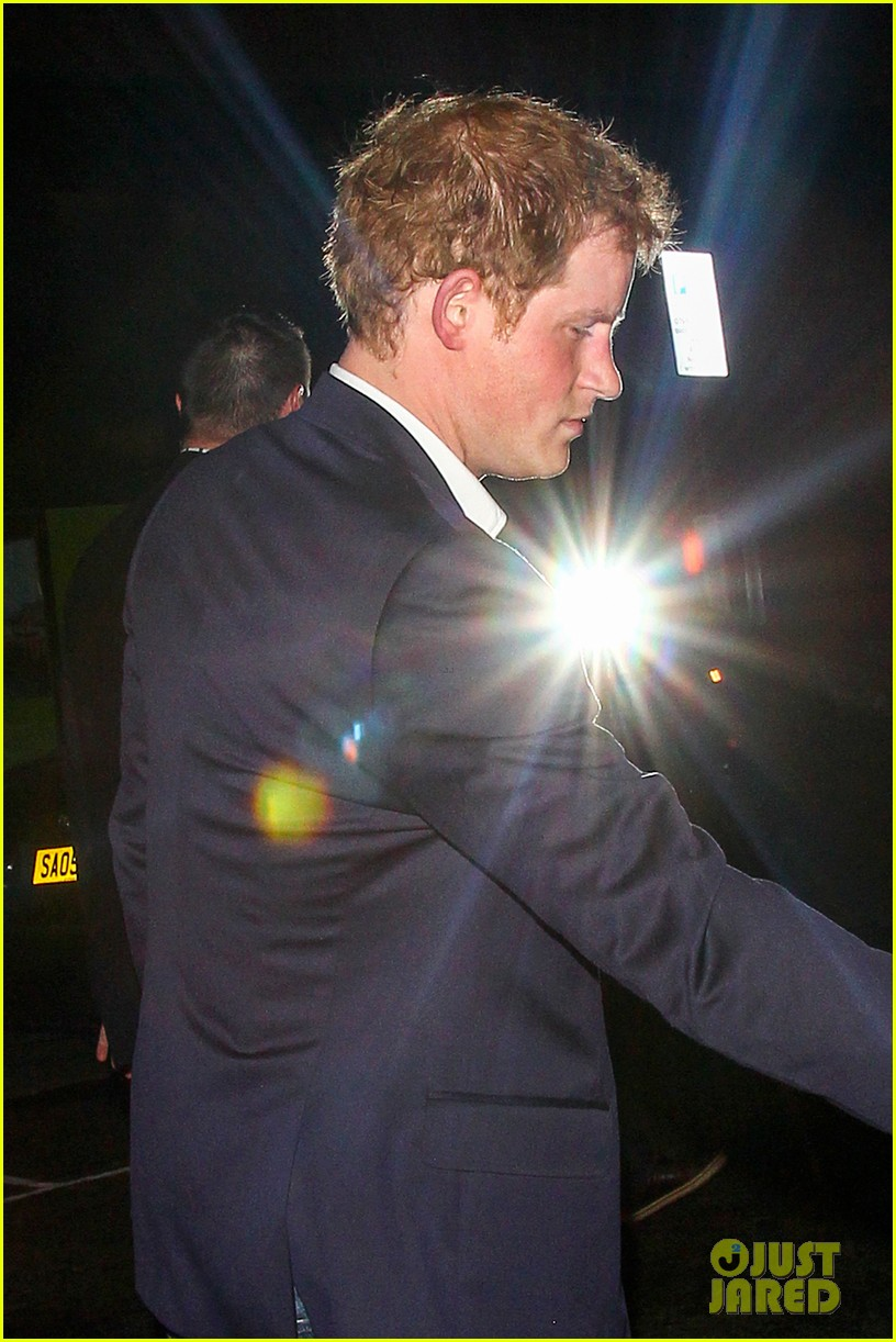 prince harry cressida bonas no show at st james dinner 033083326