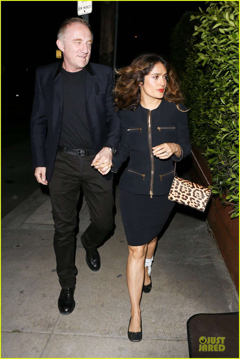 salma hayek can still look classy with ankle brace 27
