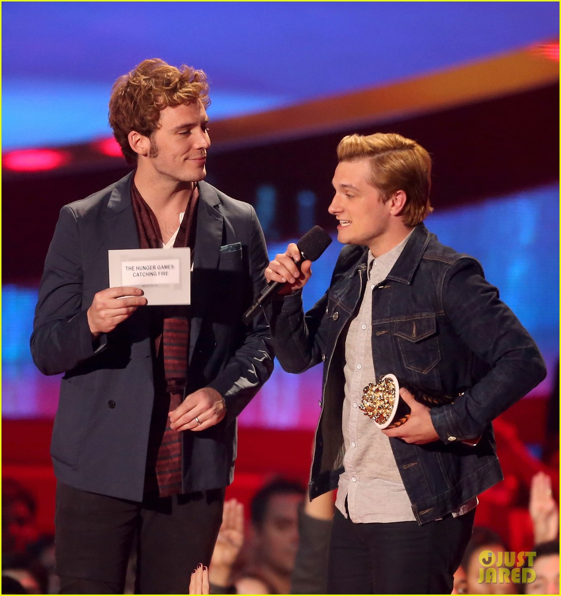 josh hutcherson pays tribute to philip seymour hoffman at mtv movie awards 2014 073091408