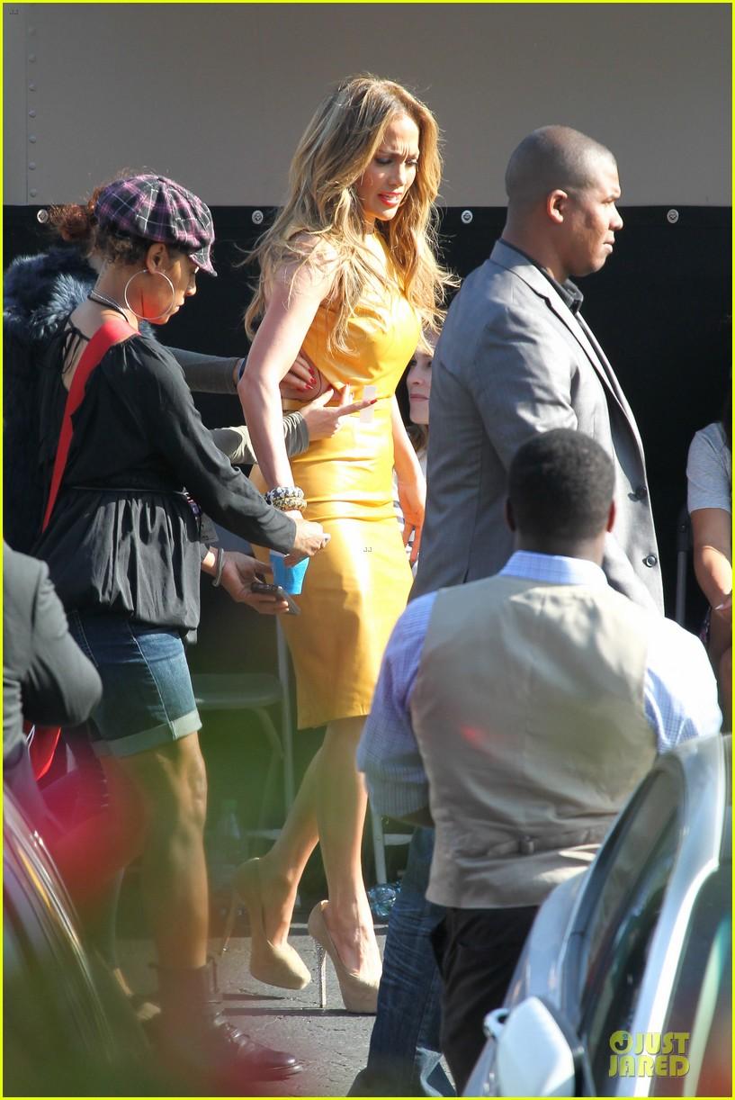 jennifer lopez sexy orange dress on idol 063093581