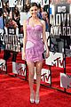 victoria justice works the red carpet alongside boyfriend pierson fode mtv movie awards 2014 05