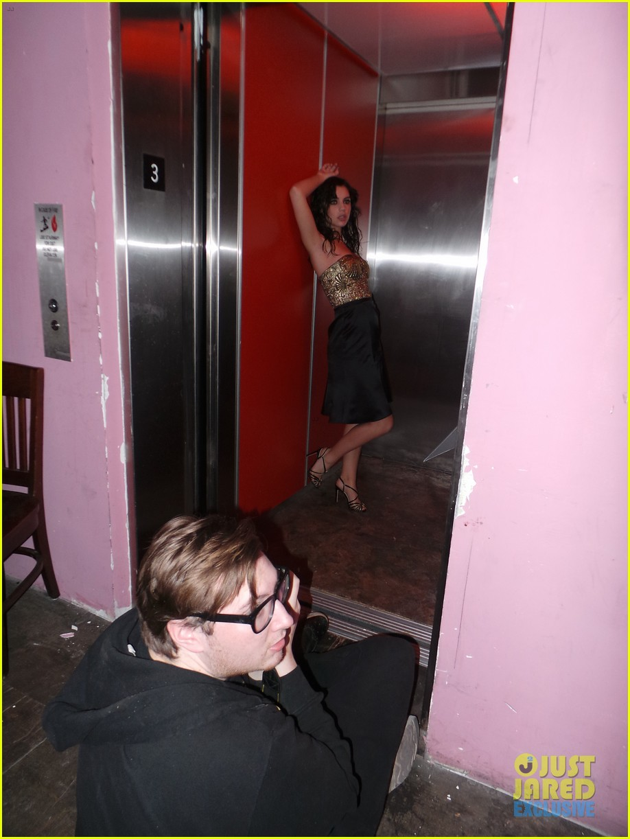 adelaide kane just jared spotlight series behind the scenes photos 113092521