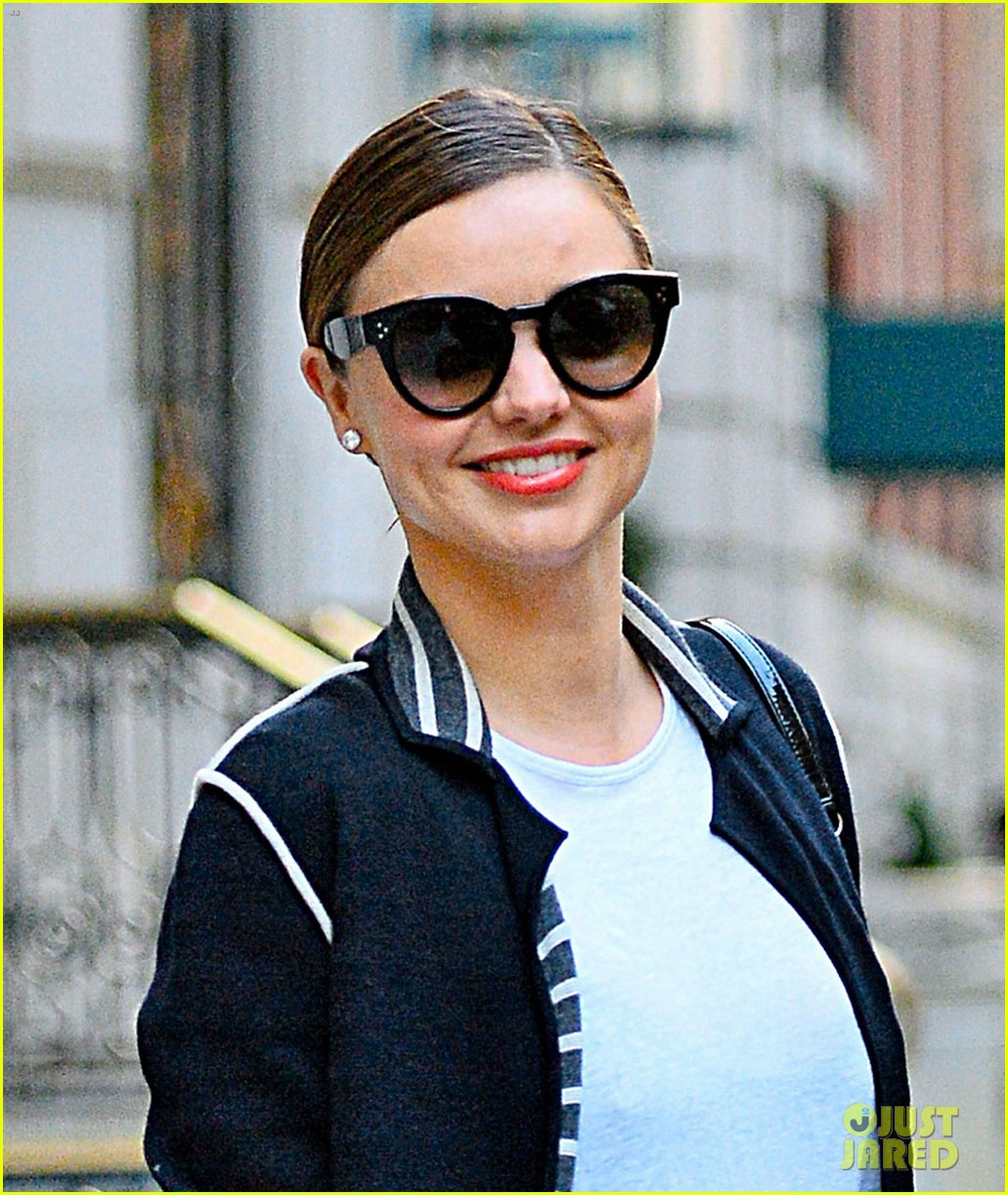 miranda kerr sidewalk runway new york city 033095411