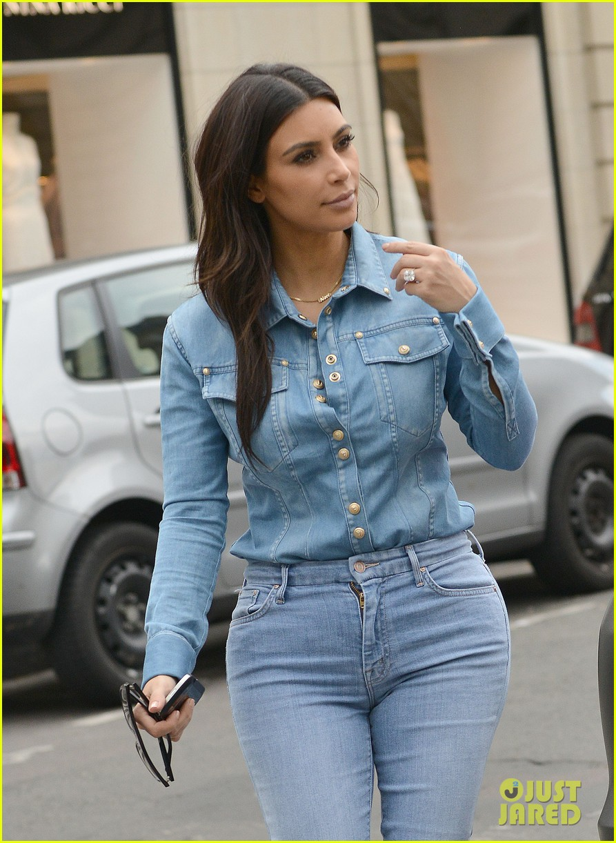 kim kardashian does double denim for lunch with serena williams 02