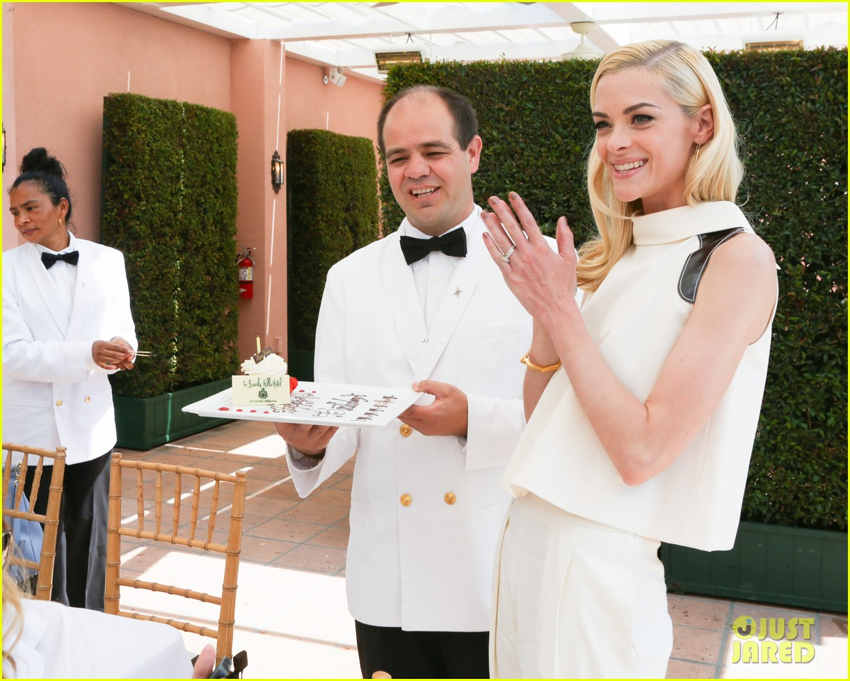 jaime king birthday carolina herrera luncheon 043098412