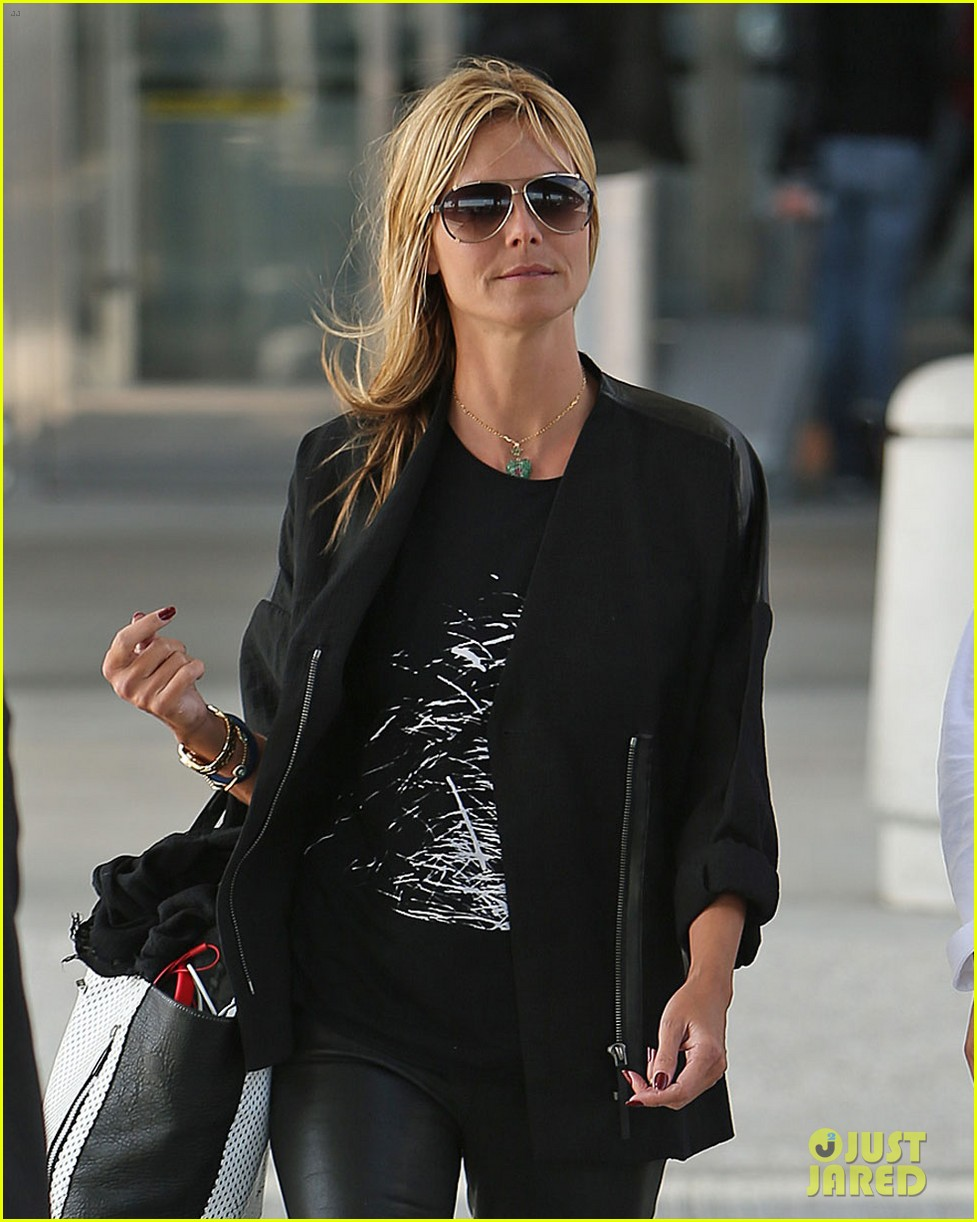 heidi klum boyfriend vito schnabel home after mexico vacation 033094178