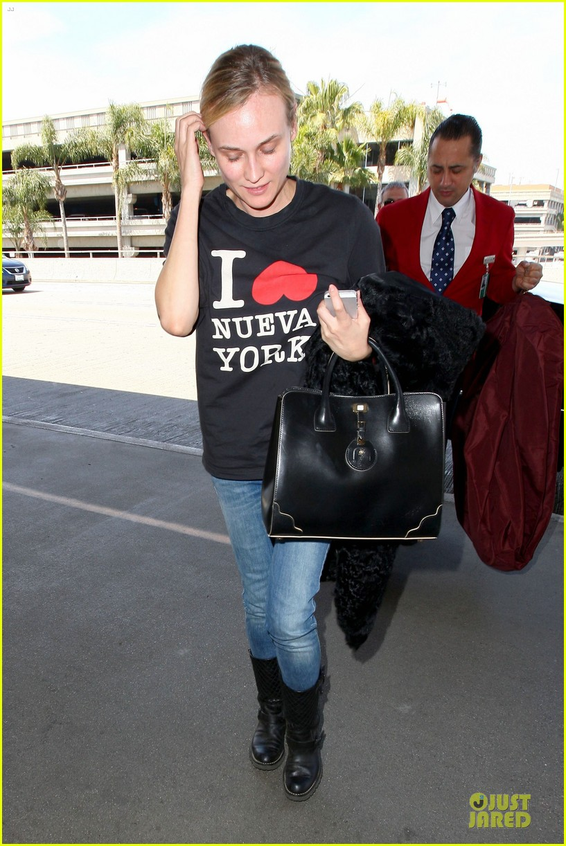 diane kruger wears loose t shirt with joshua jackson 213087141