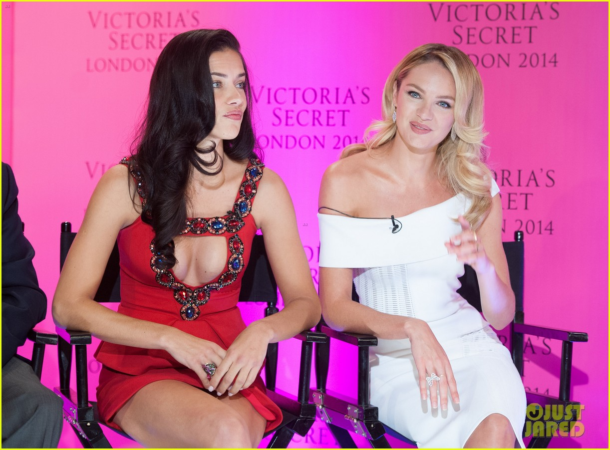 adriana lima candice swanepoel announce victorias secret fashion show 113092597