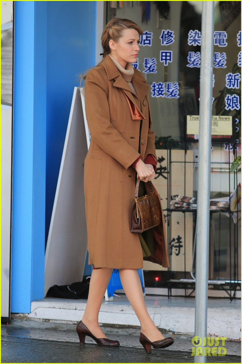 blake lively back at work on age of adaline after injury 033101403