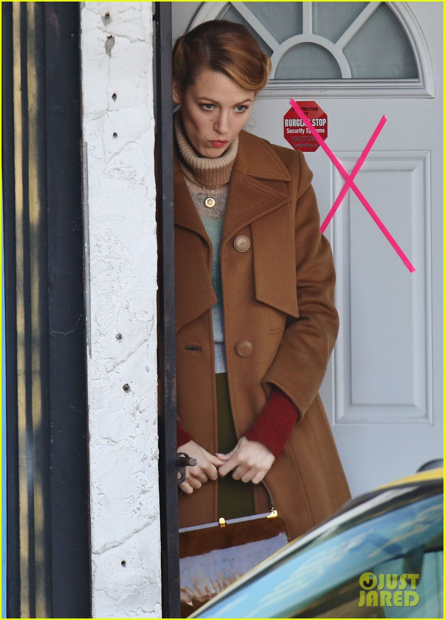 blake lively back at work on age of adaline after injury 19