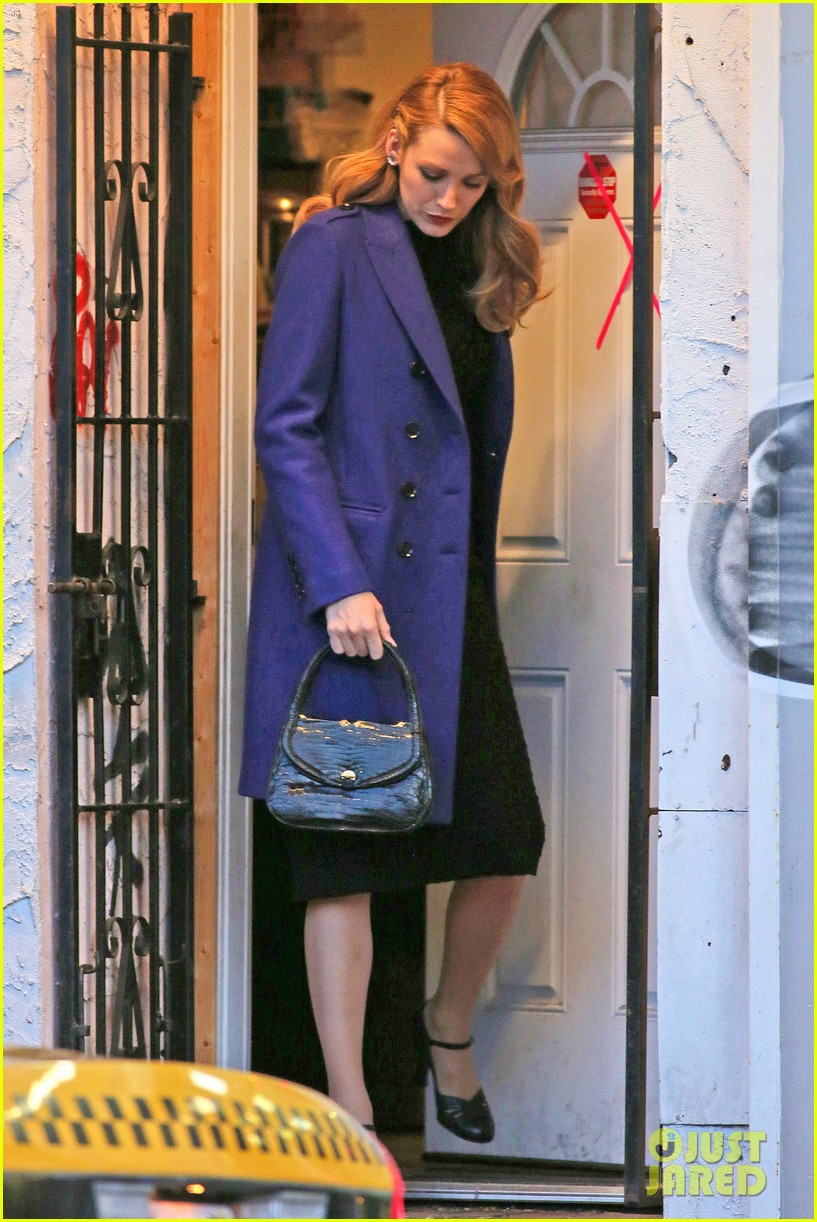 blake lively trades her classic age of adaline clothes 013102067