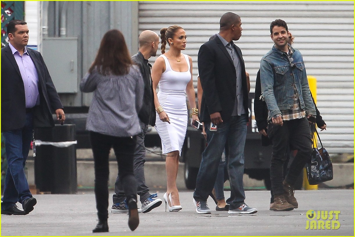 jennifer lopez white hot form fitting dress idol 14