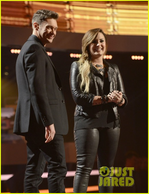 demi lovato surprises american idol audience teases more us tour dates 053093873