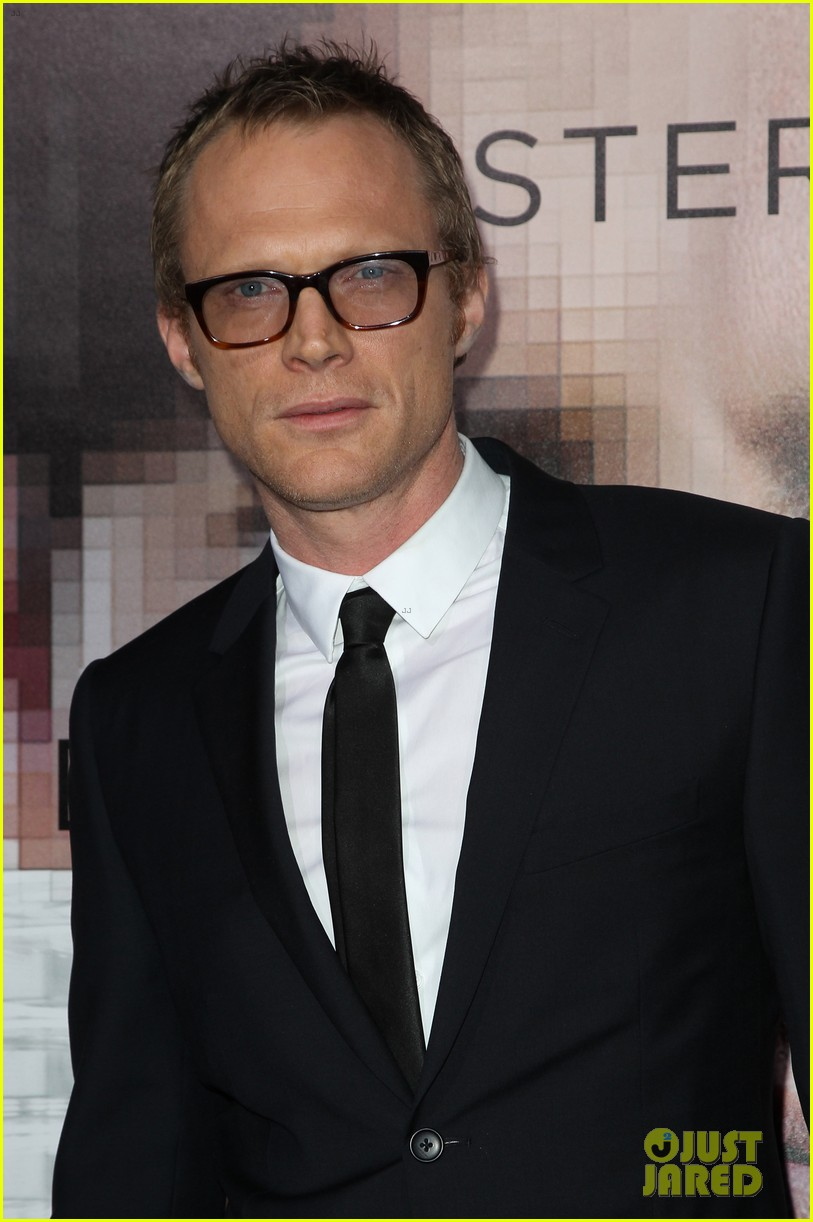 kate mara paul bettany transcendence premiere 02