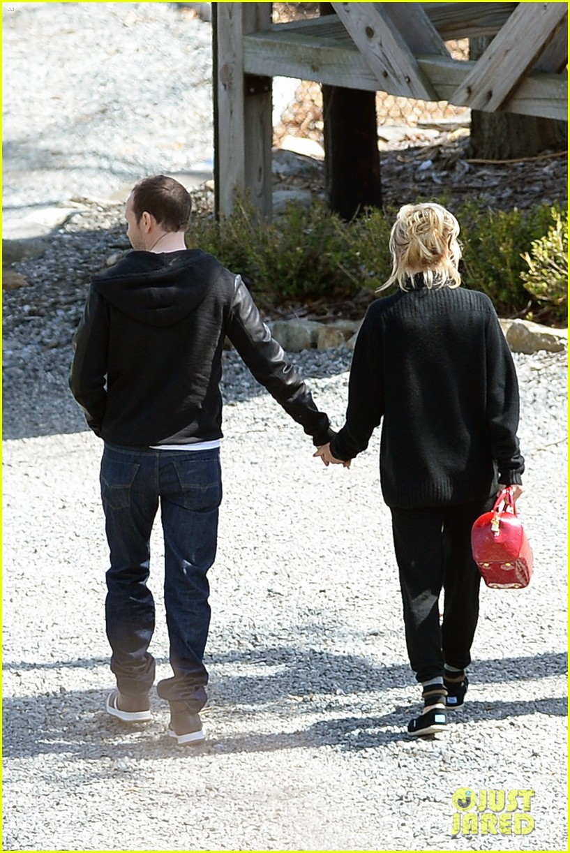 jenny mccarthy donnie wahlberg spotted upstate new york 053094121