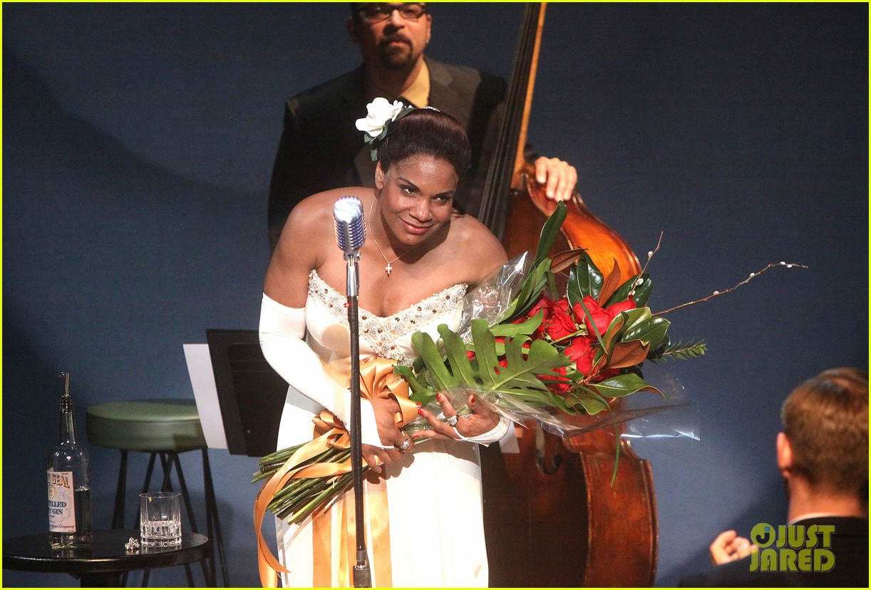 audra mcdonald makes debut as billie holiday on broadway 173091929