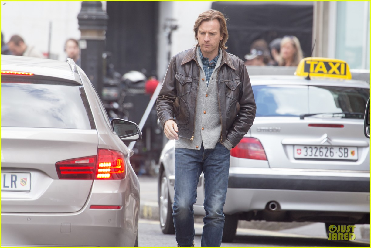 ewan mcgregor looks serious as kind of traitor 043094850