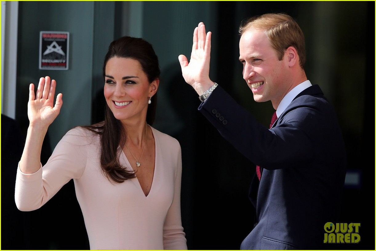 kate middleton prince william hit the dj booth 10
