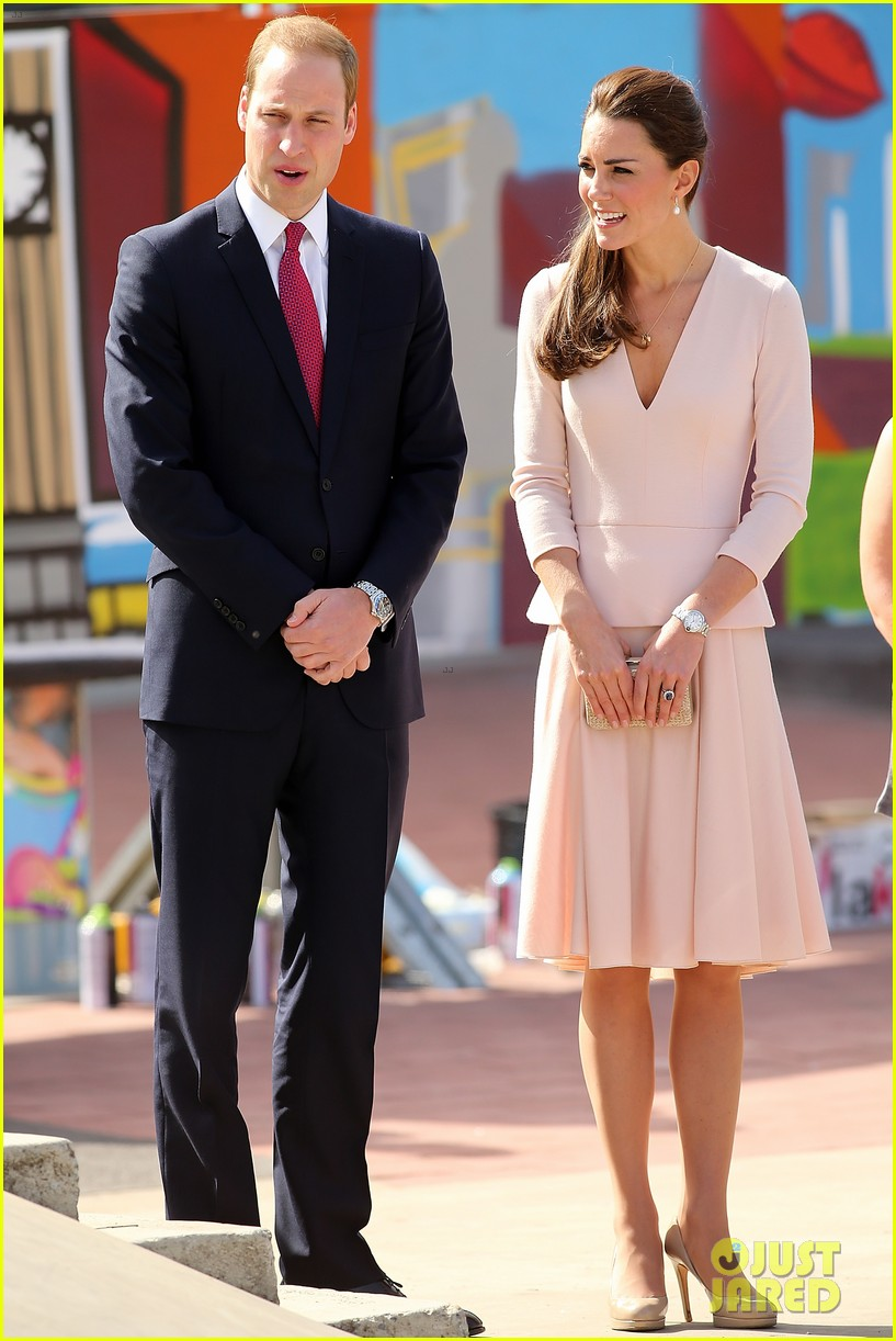 kate middleton prince william hit the dj booth 163097202