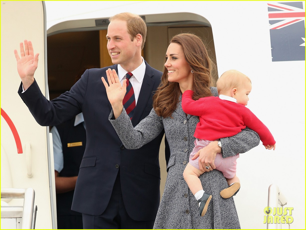kate middleton prince william prince george say goodbye to australia 11