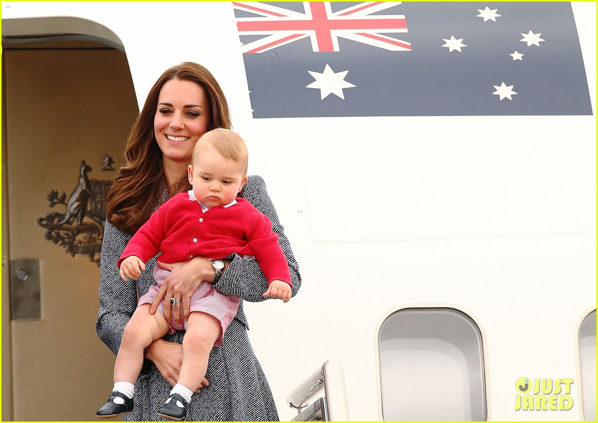 kate middleton prince william prince george say goodbye to australia 37