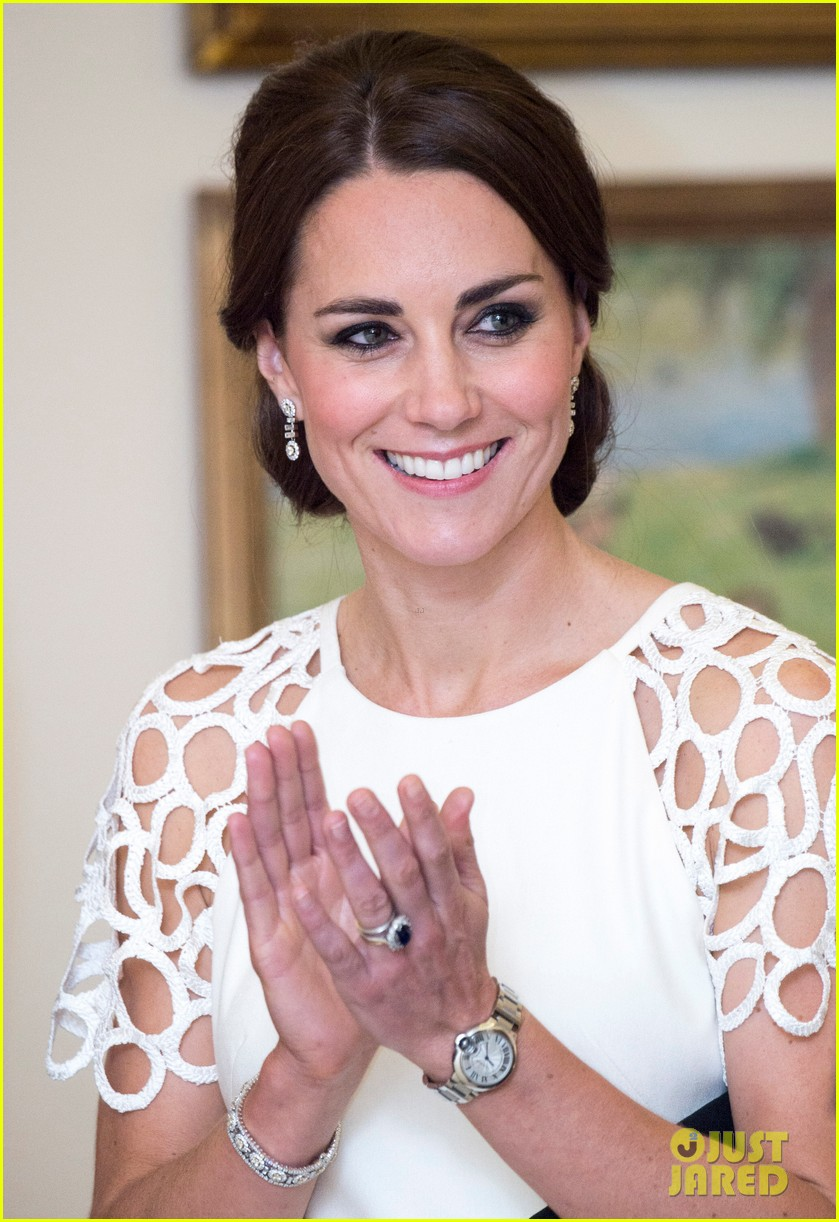kate middleton wraps up royal tour with one of her loveliest looks yet 043098271