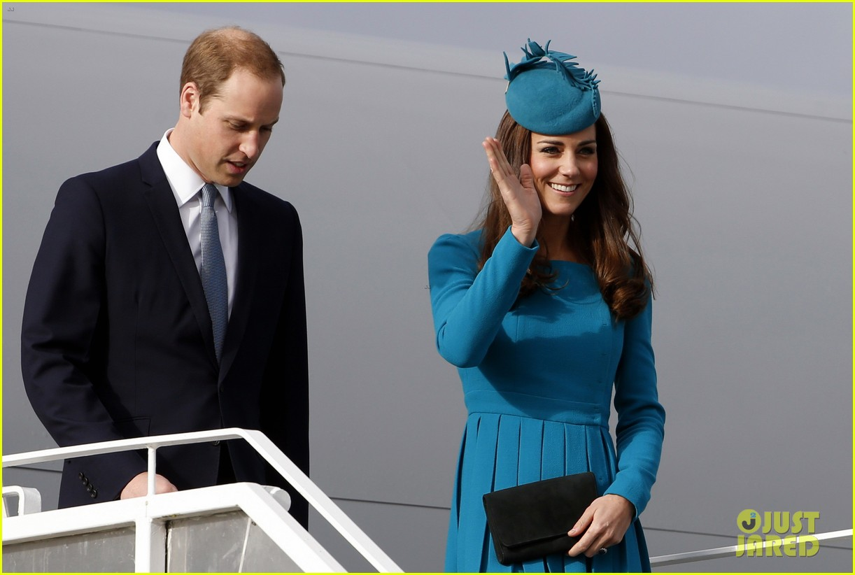 kate middleton matching dress hat best looks 07