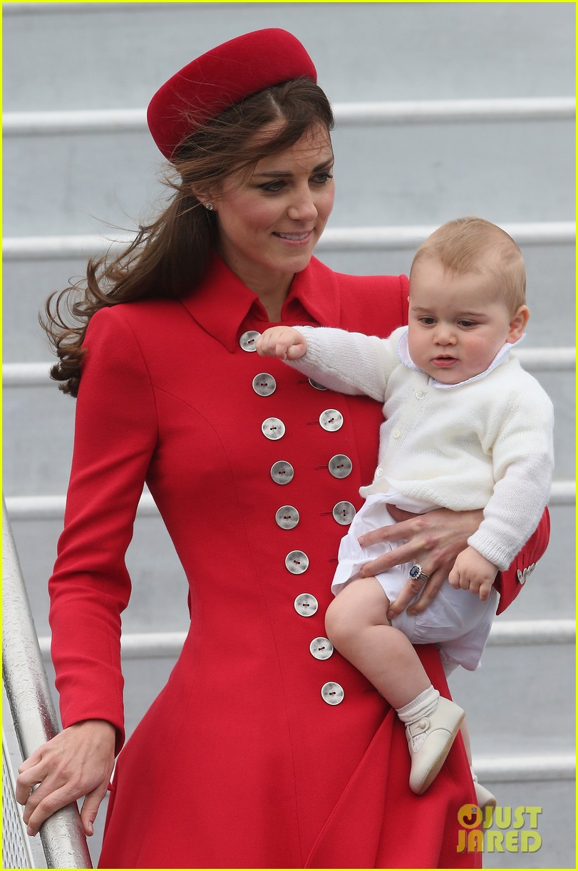 these kate middleton prince george pics are the cutest 04