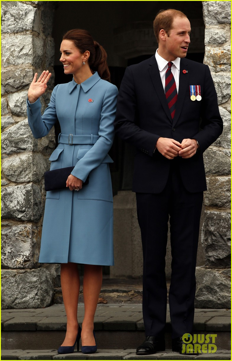 kate middleton prince william war memorial ceremony 033087959