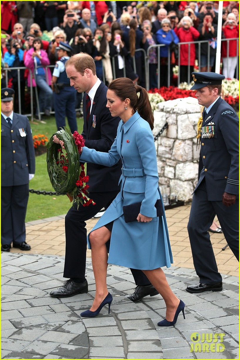 kate middleton prince william war memorial ceremony 13