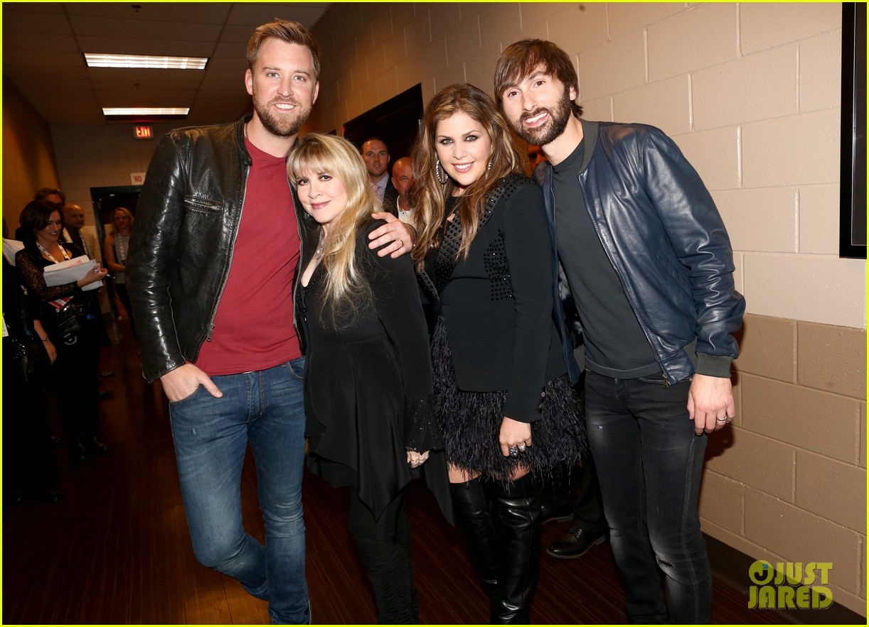 stevie nicks lady antebellum perform together acm awards 2014 033085951