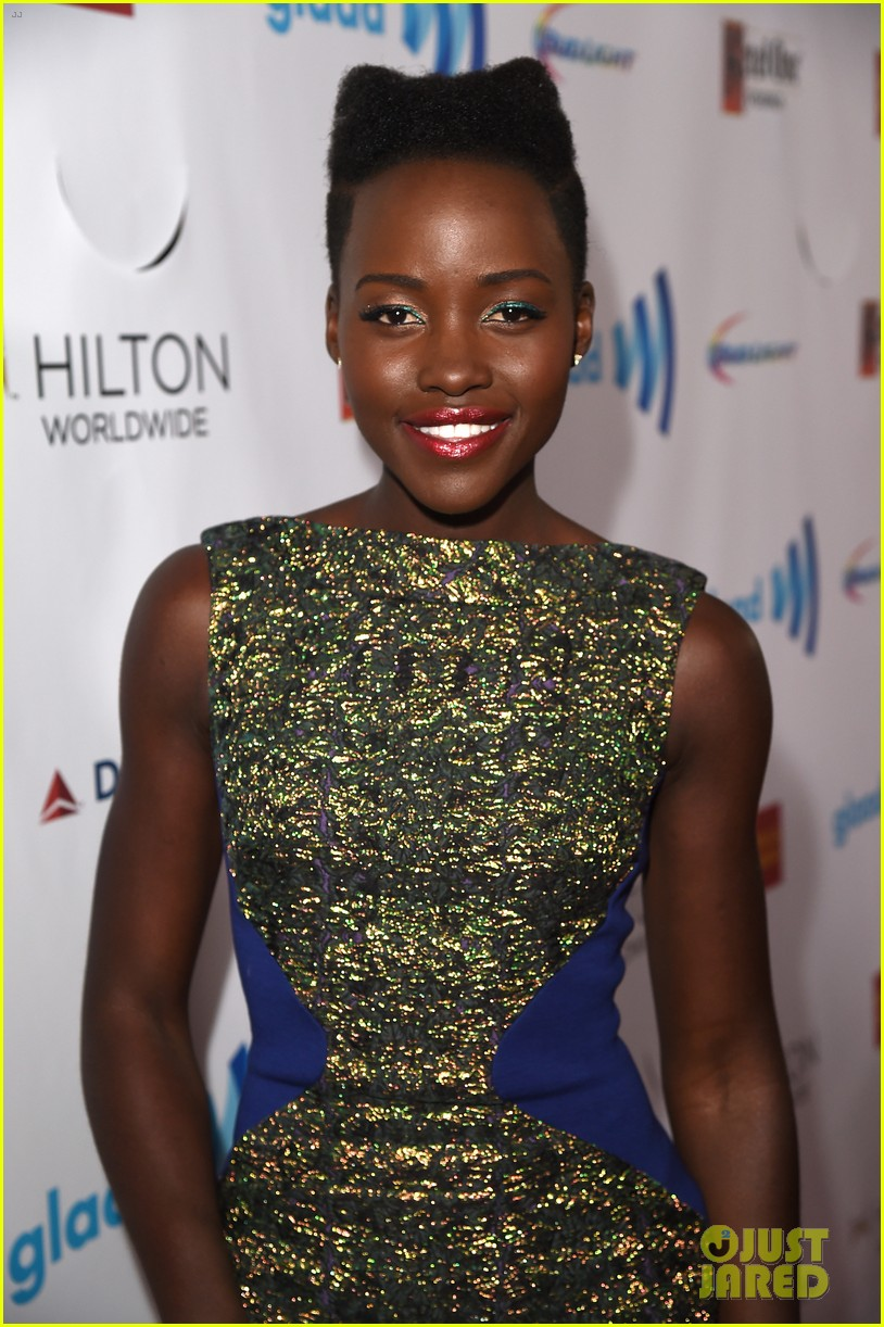 lupita nyongo attends first awards show since the oscars 013089974