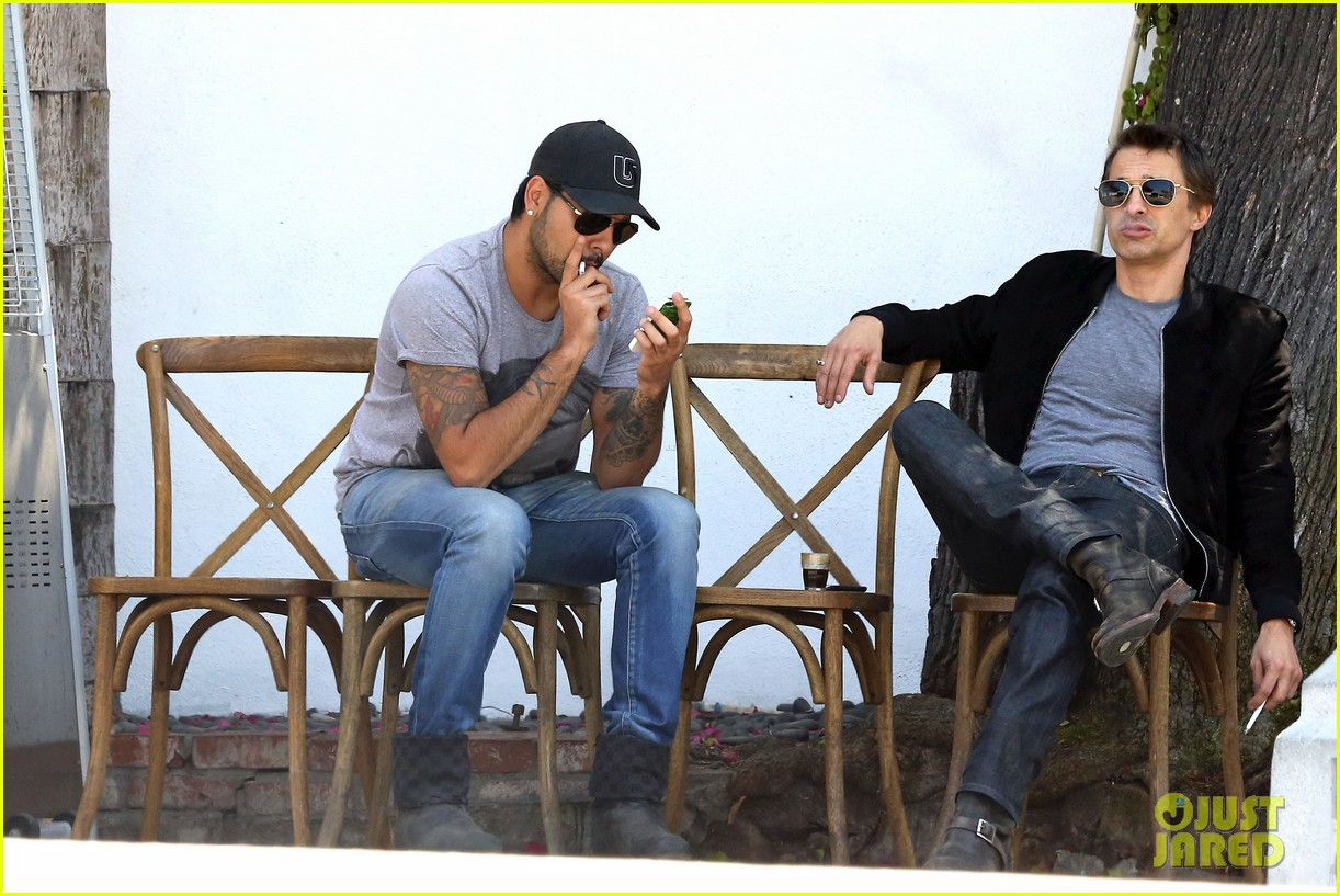 olivier martinez gets in some guy time with eduardo cruz 013093329
