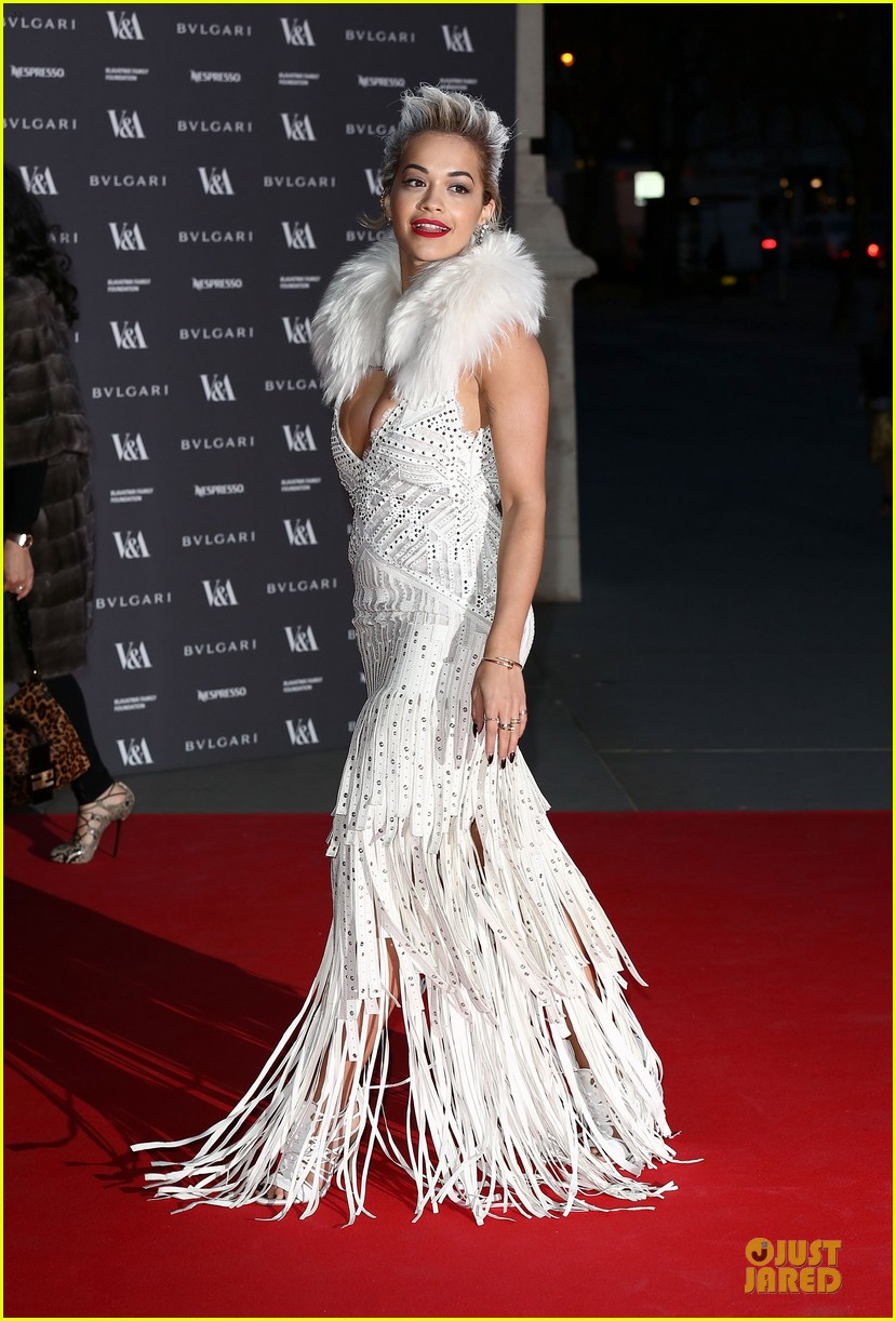 rita ora frills at glamour of fashion exhibition 01