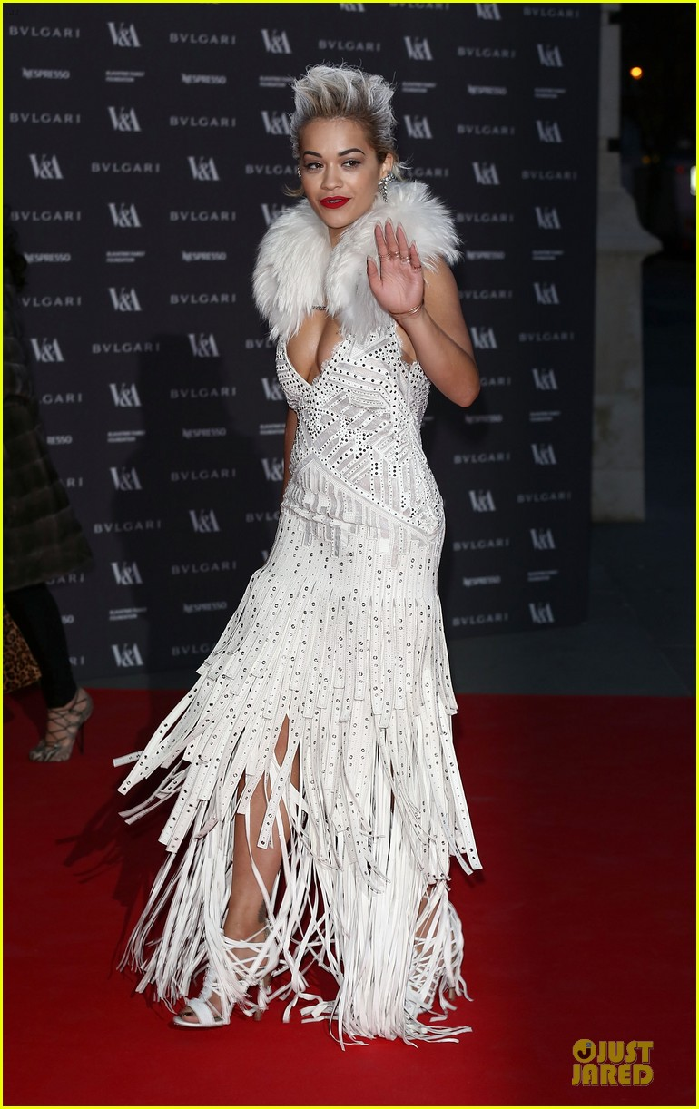 rita ora frills at glamour of fashion exhibition 073083101