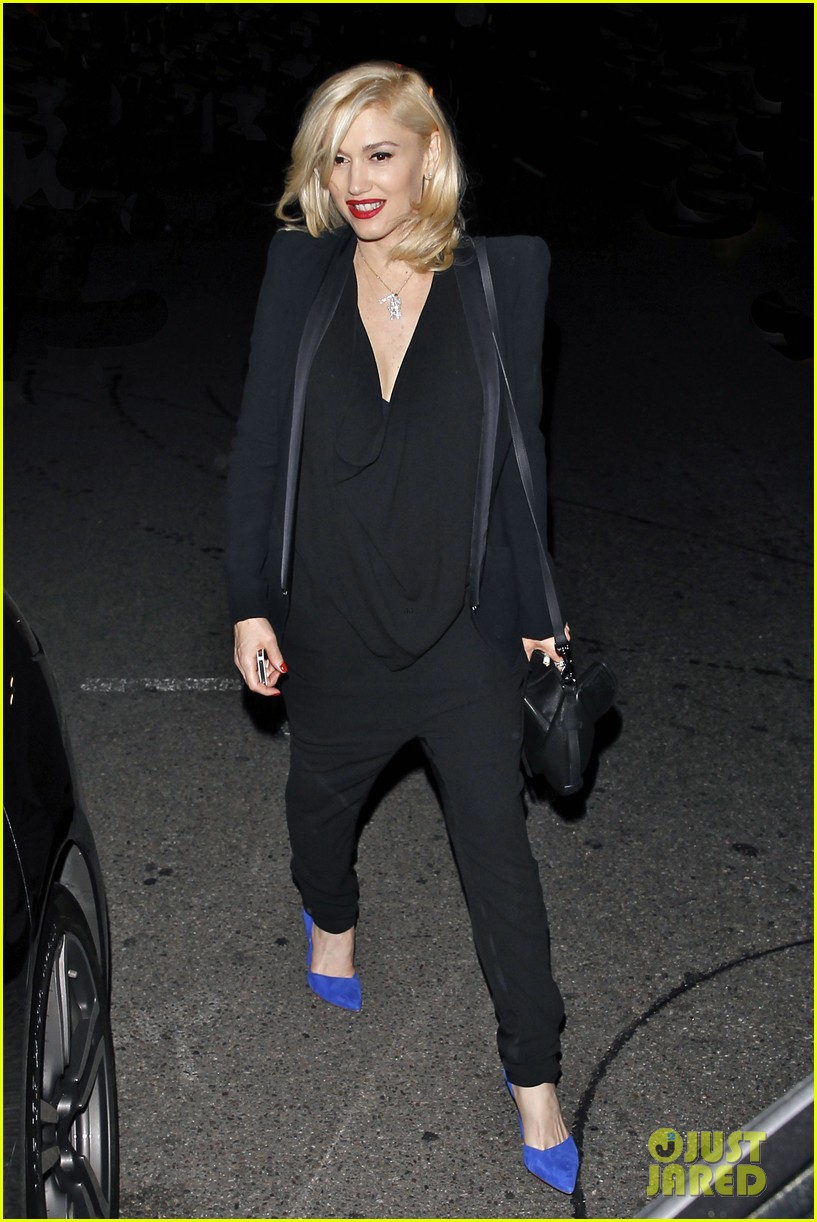 gwyneth paltrow meets up with gwen stefani nicole richie at crossroads for dinner 02