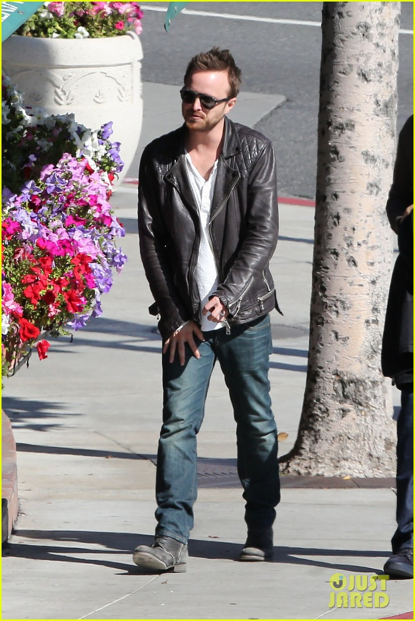aaron paul hellion heading to cannes 093084999