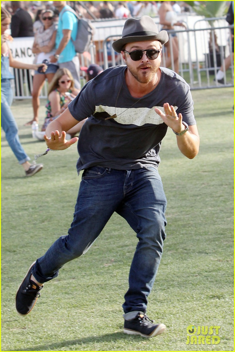 aaron paul wife wears retro bikini at coachella 093090210