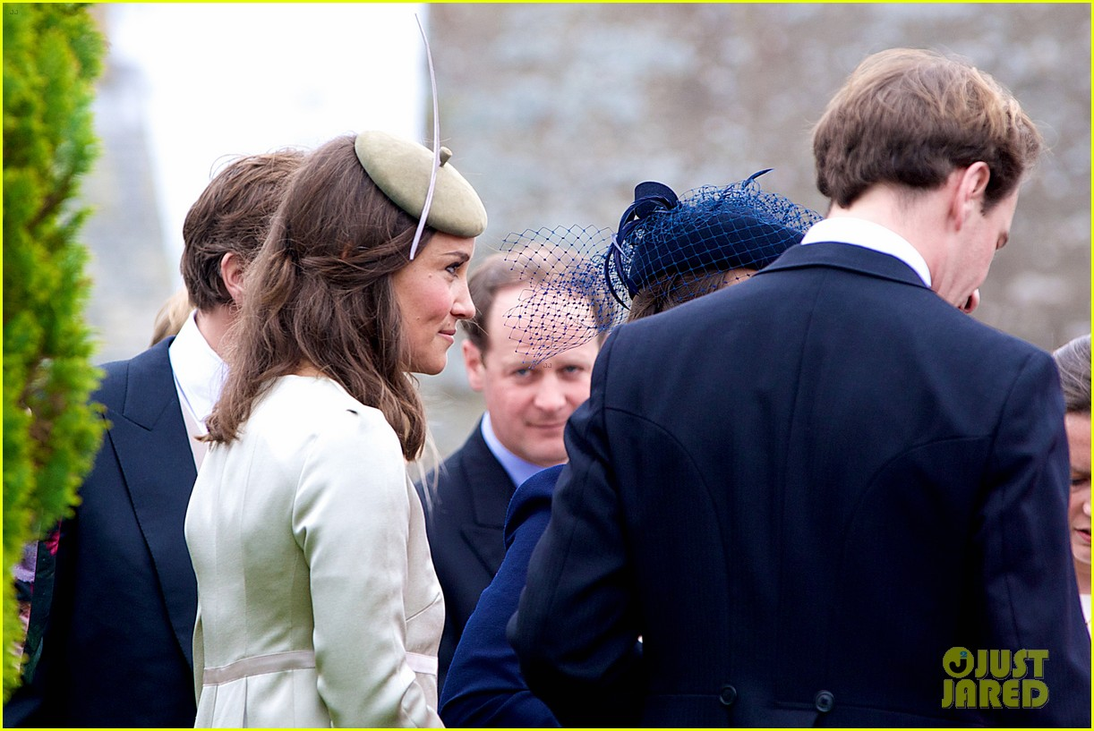 pippa middleton goes green for her friends wedding 26