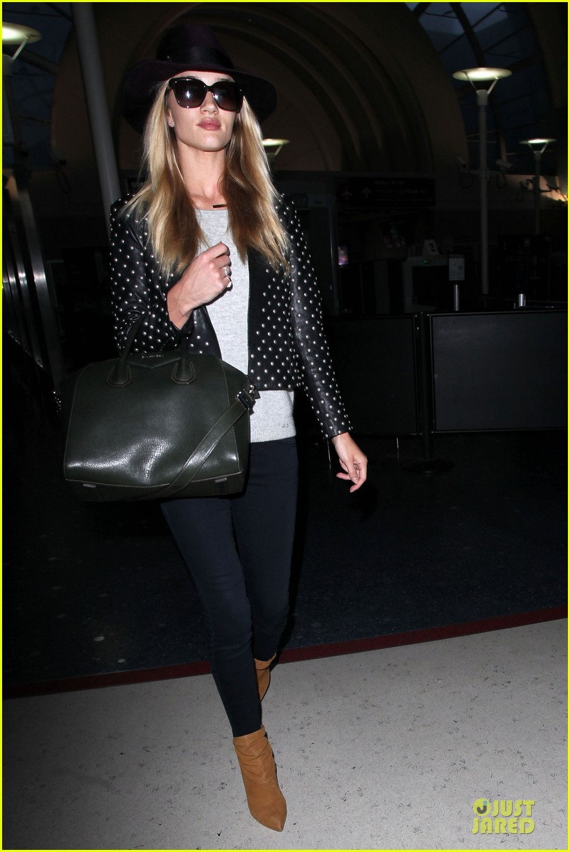 rosie huntington whiteley celebrate 27th birthday at lax 17