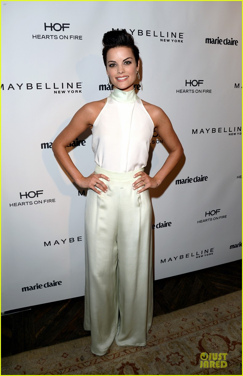 naya rivera nikki reed celebrate marie claire may cover stars 06