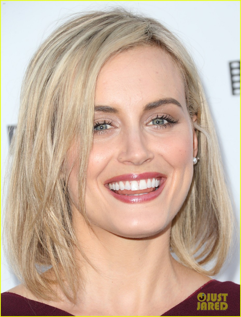 taylor schilling brie larson help tell reel stories 123085386