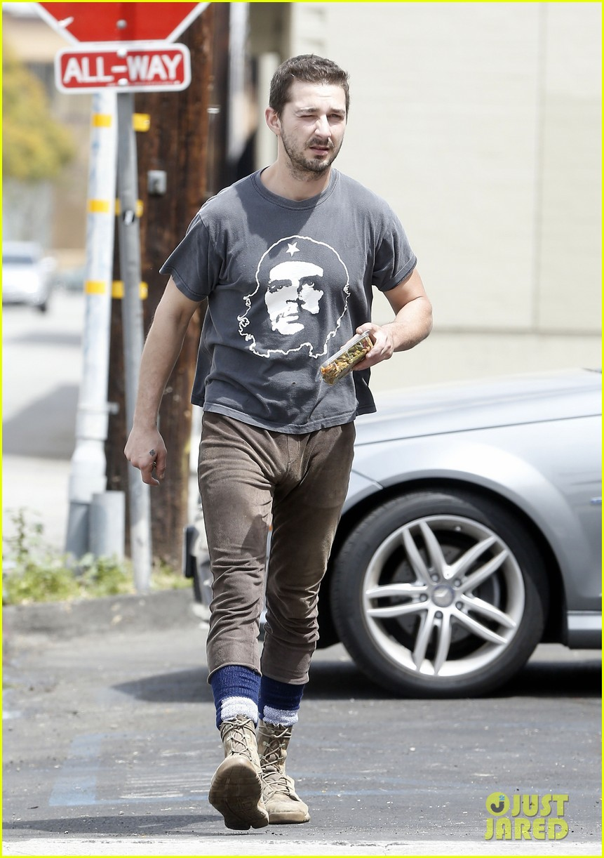 shia labeouf reportedly bought lunch for a homeless man 123094458