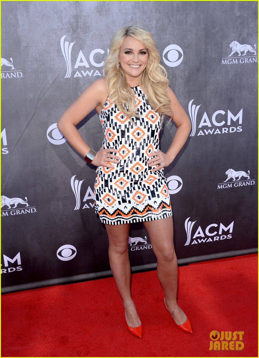 jamie lynn spears new hubby jamie watson are picture perfect at acm awards 2014 06