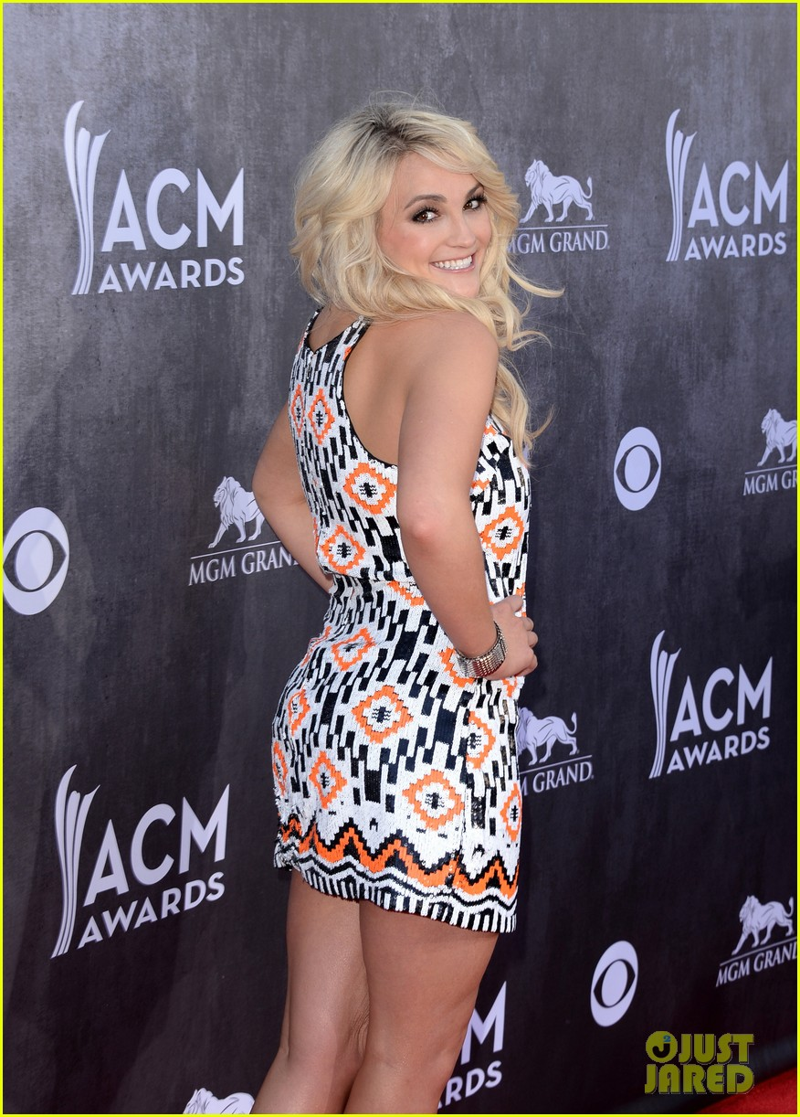 jamie lynn spears new hubby jamie watson are picture perfect at acm awards 2014 07