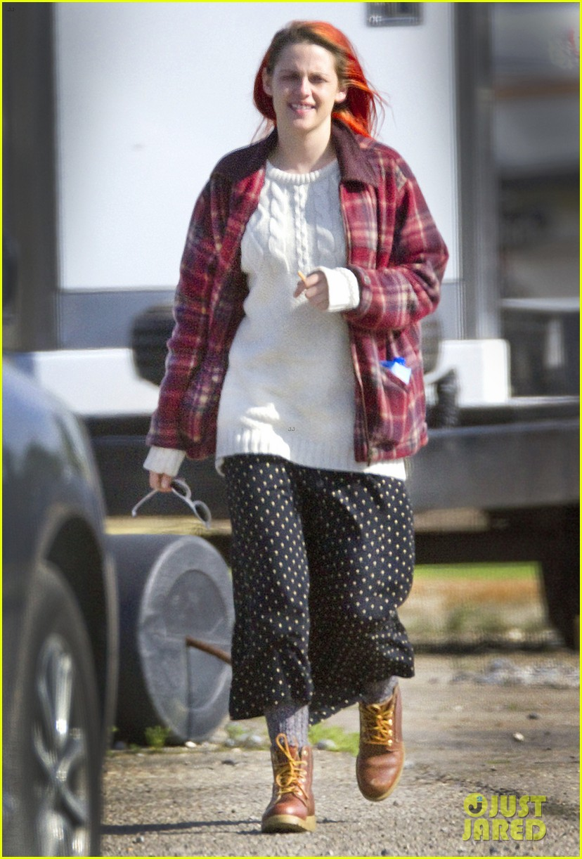 kristen stewart fiery red hair american ultra set 053092843
