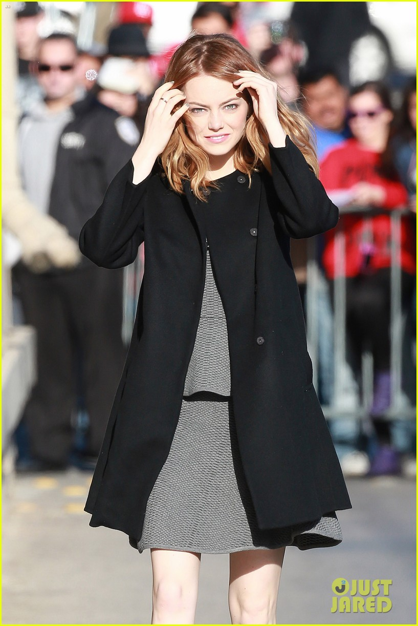 emma stone hair crazy wind gust 11