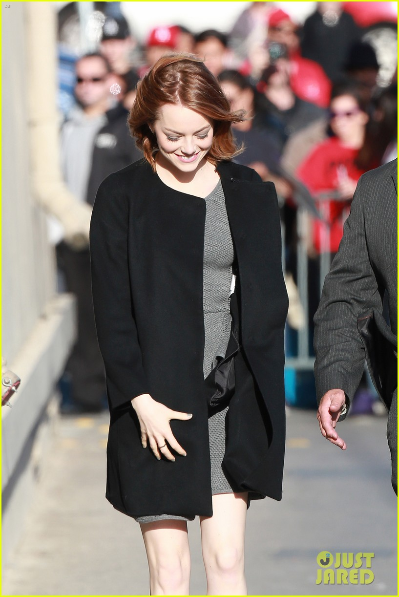 emma stone hair crazy wind gust 13