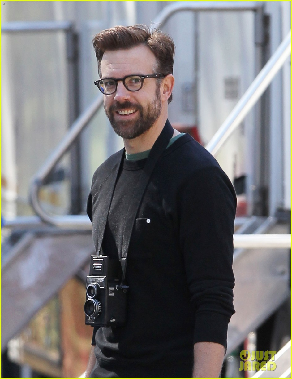 jason sudeikis back at work after baby otis birth 04