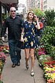 taylor swift celebrates earth day by going flower shopping 19